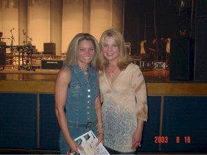 Sondra Meets Patty Loveless!